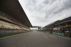 Track detail of the pit straight