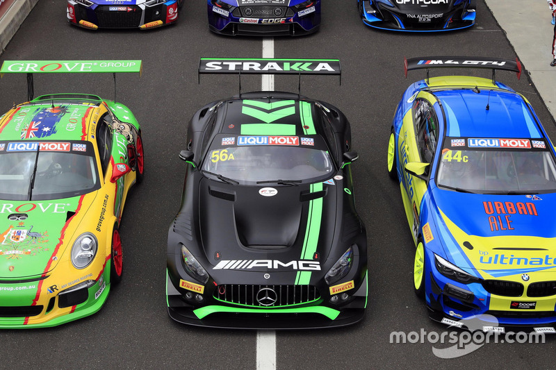 Автомобиль Mercedes AMG GT GT3 (№56) команды Mercedes-AMG Team Strakka Racing: экипаж Максимилиана Б