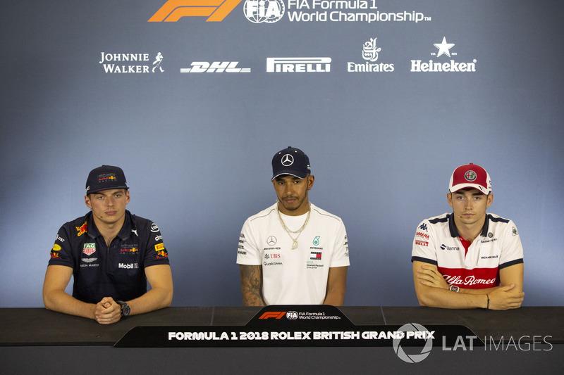 Max Verstappen, Red Bull Racing, Lewis Hamilton, Mercedes-AMG F1 et Charles Leclerc, Sauber en conférence de presse