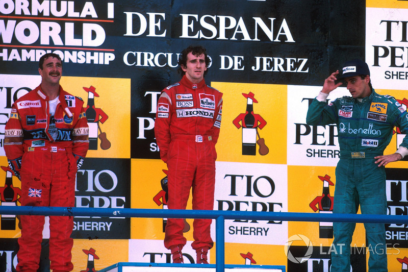 Podium: race winner Alain Prost, McLaren, second place Nigel Mansell, Williams, third place Alessandro Nannini, Benetton