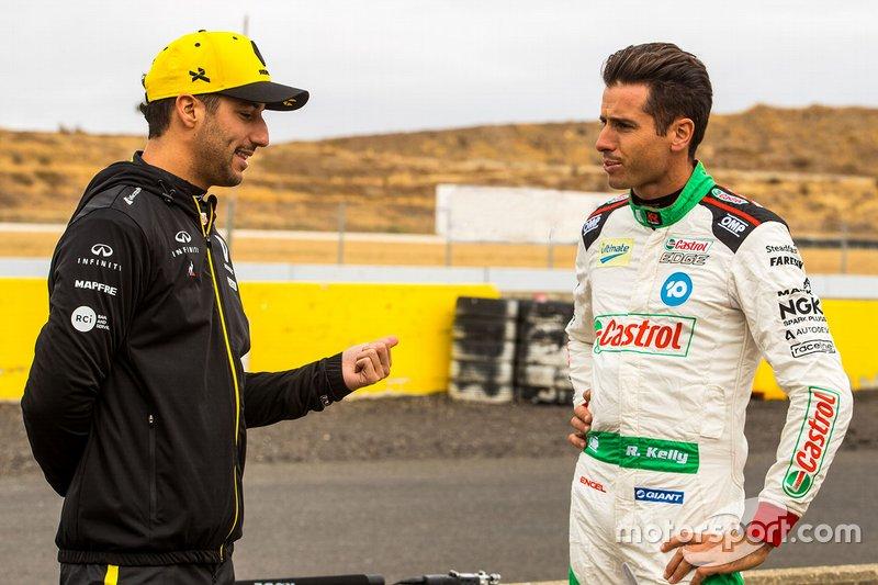 Рик Келли (Kelly Racing Nissan) и Даниэль Риккардо (Renault F1 Team)