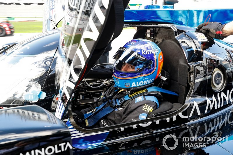 #10 Wayne Taylor Racing Cadillac DPi-V.R - Kamui Kobayashi, Fernando Alonso, Renger van der Zande, Jordan Taylor