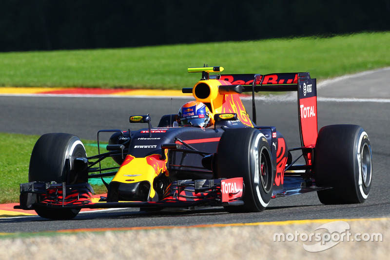 2: Max Verstappen, Red Bull Racing RB12
