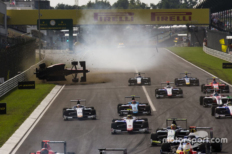 Unfall: Akash Nandy, Jenzer Motorsport