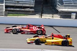 Ryan Hunter-Reay, Andretti Autosport Honda, Scott Dixon, Chip Ganassi Racing Chevrolet