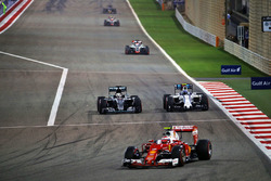 Kimi Raikkonen, Ferrari SF16-H, Lewis Hamilton, Mercedes AMG F1 Team W07 and Valtteri Bottas, Williams FW38