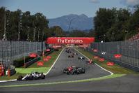 ls and Valtteri Bottas, Mercedes AMG F1 W08, Kimi Raikkonen, Ferrari SF70H