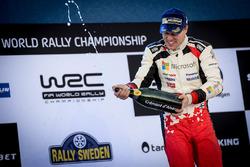 Podium: race winner Jari-Matti Latvala, Toyota Racing
