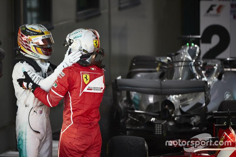 Sebastian Vettel, Ferrari,Lewis Hamilton, Mercedes AMG