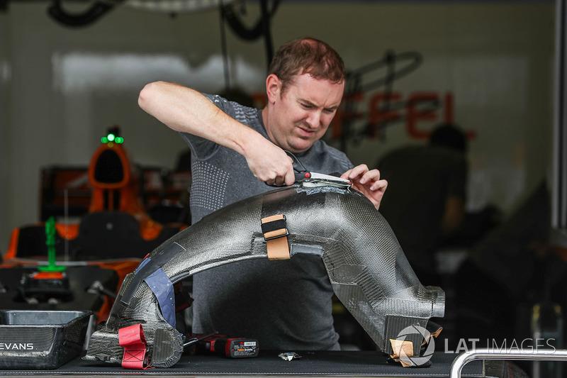 McLaren MCL32: Sitzschale