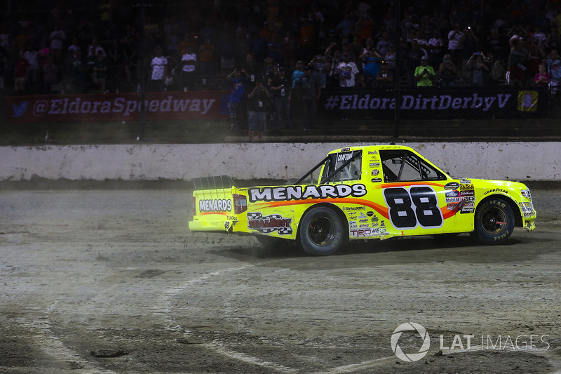 Ganador de la carrera Matt Crafton, ThorSport Racing Toyota