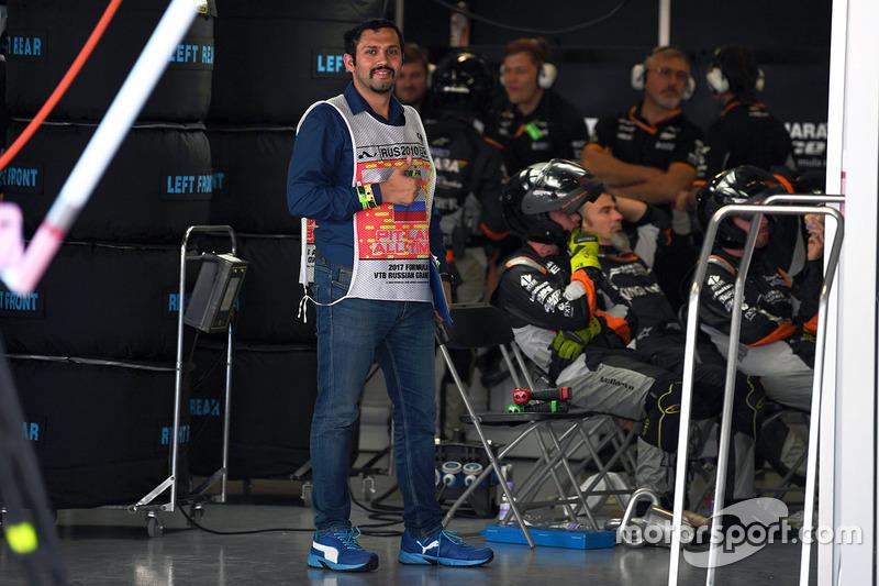 Marshall in the Sahara Force India garage