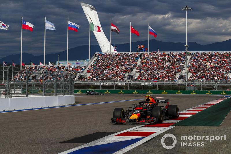 Red Bull 3500 turu geçti