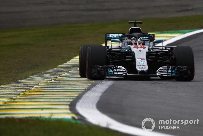 1: Lewis Hamilton, Mercedes AMG F1 W09, 1'07.281
