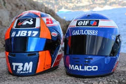 Helme von Norman Nato, Racing Engineering, und Olivier Panis