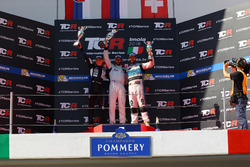 Podium: second place Mato Homola, B3 Racing Team Hungary, SEAT León TCR: third place Stefano Comini, Leopard Racing, Volkswagen Golf GTI TCR
