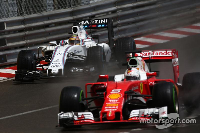 Felipe Massa, Williams Martini Racing FW38 e Sebastian Vettel, Scuderia Ferrari SF16-H