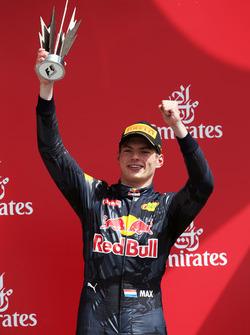 Макс Ферстаппен, Red Bull Racing святкує своє третє місце на подіумі