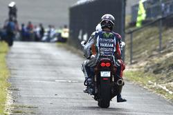 Jorge Lorenzo, Yamaha Factory Racing après sa chute