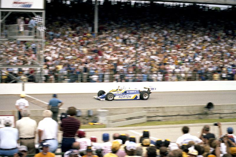 Победитель Indy 500 1981 года окончательно определился лишь спустя пять месяцев после финиша. Тогда первым сначала стал Бобби Ансер, но затем он получил штраф, и победа перешла к Марио Андретти. Однако Ансер и Penske опротестовали решение и вернули победу