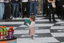 La hija del piloto del #5 Action Express Racing Cadillac DPi: Filipe Albuquerque