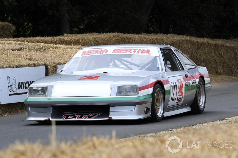 "Rick Wood, Vauxhall Cavalier Mk1 ""Mega Bertha"" (57,93 detik)"