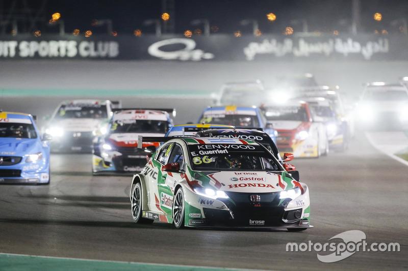 Esteban Guerrieri, Honda Racing Team JAS, Honda Civic WTCC líder