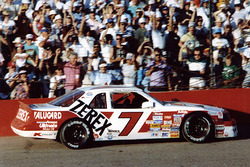 Race winner Alan Kulwicki