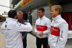 Marcus Ericsson, Sauber and Eje Elgh