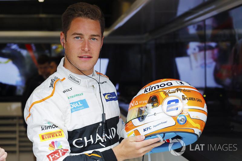 Desain baru helm Stoffel Vandoorne, McLaren, dengan nama Bruce McLaren