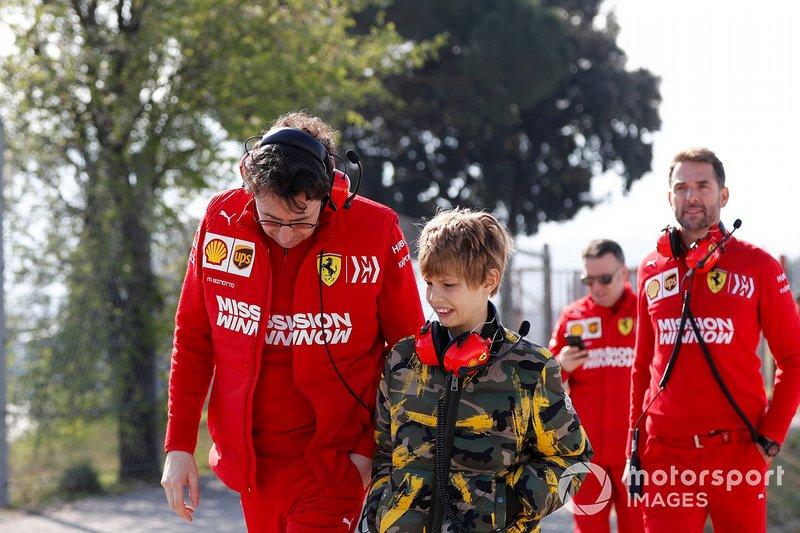Mattia Binotto, Team Principal Ferrari, con il figlio di John Elkann, Presidente FIAT