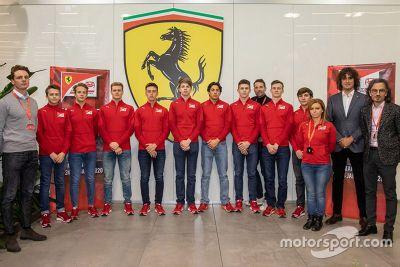 Anuncio de Ferrari Driver Academy