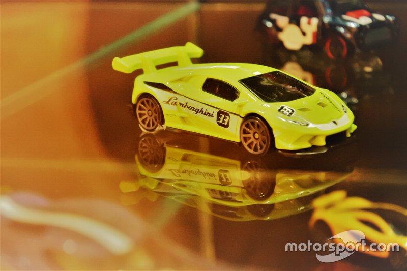 Diecast Lamborghini Huracan GT3 Hot Wheels