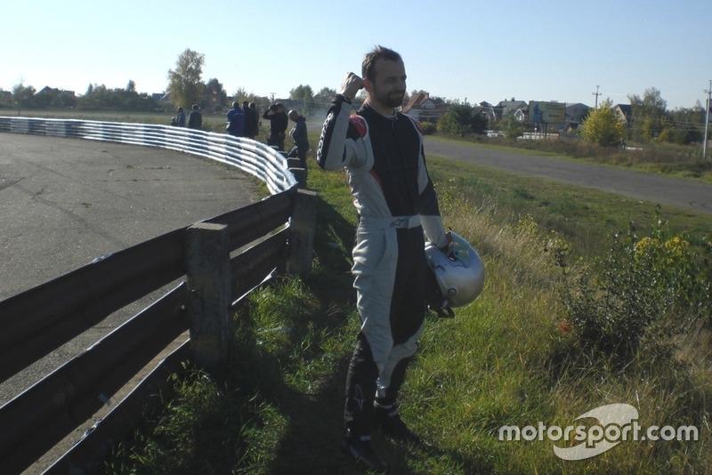Володимир Дрогомирецький не пав духом після сходу в гонці!
