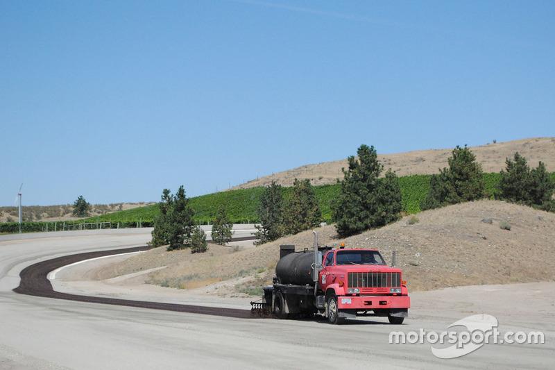 Area 27 track paving on turn 7