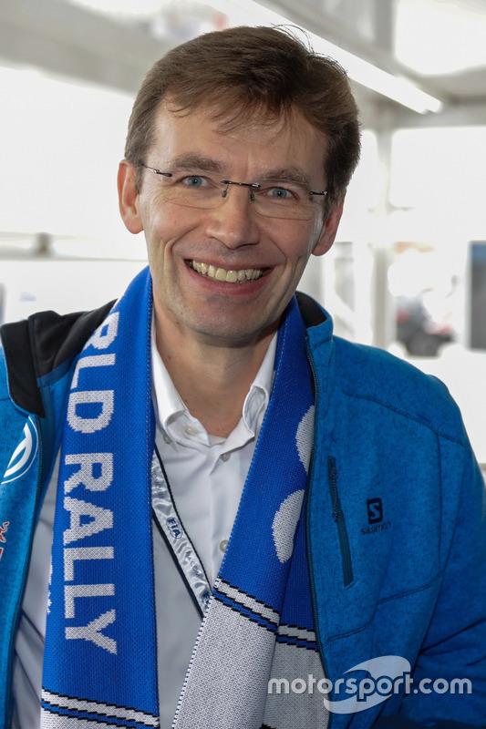 Dr. Frank Welsch, membre de la direction de Volkswagen chargé du développement