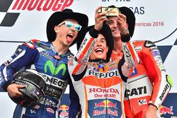 Подиум: победитель - Марк Маркес, Repsol Honda Team, второе место - Хорхе Лоренсо, Yamaha Factory Ra