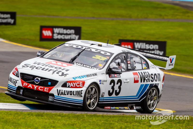 Scott McLaughlin und David Wall, Garry Rogers Motorsport, Volvo