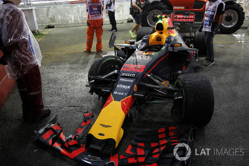 The damaged car of Max Verstappen, Red Bull Racing RB13 after crashing out of the race