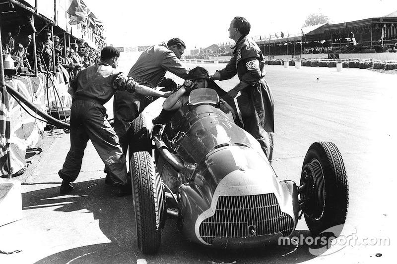 Хуан Мануель Фанхіо, Alfa Romeo