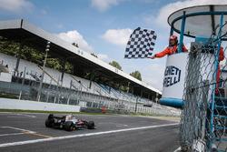 المركز الثالث يو كانامارو، آر بي موتورسبورت