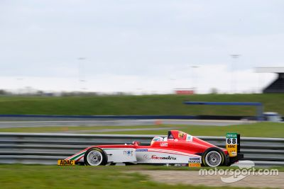 Formel 4: Test in Oschersleben