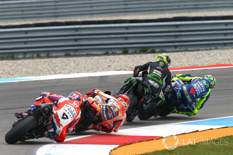 Johann Zarco, Monster Yamaha Tech 3 lmost crashing tis ouching Valentino Rossi, Yamaha Factory Racing