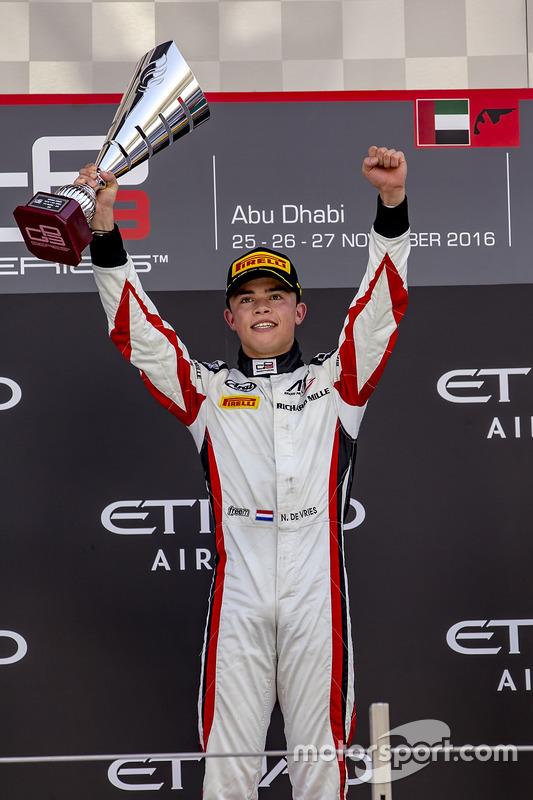 Gandor de la carrera Nyck De Vries, ART Grand Prix