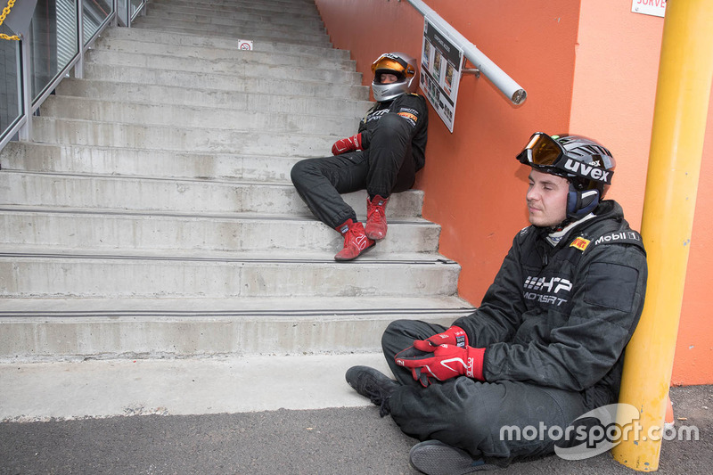 STM / HTP Motorsport mecánicos