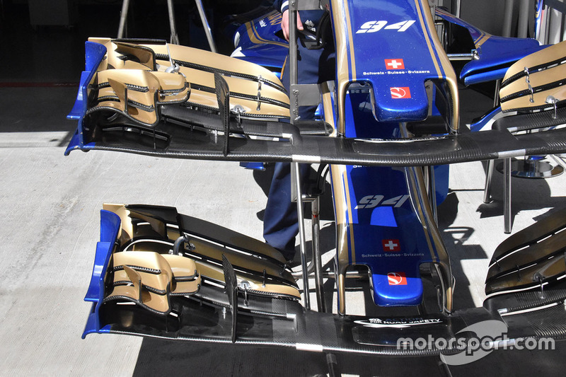 Sauber C36 front wing detail