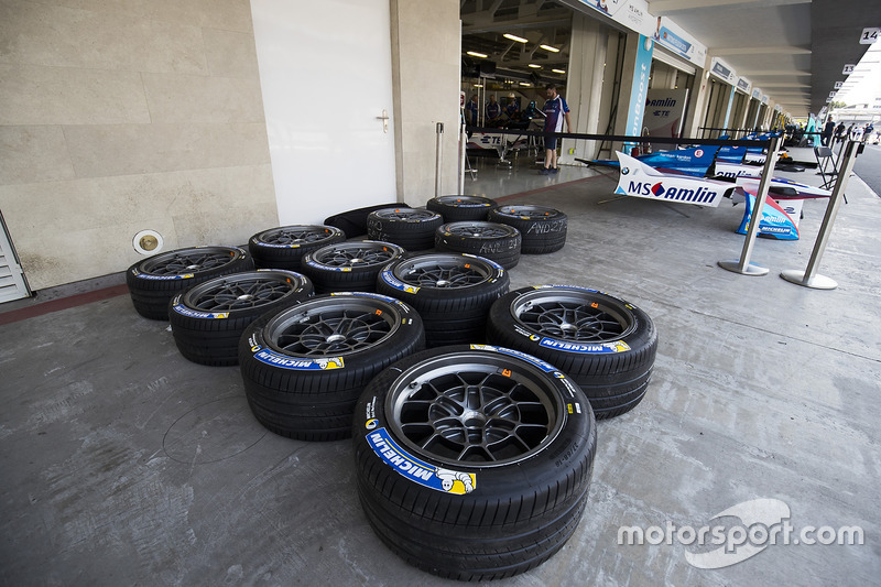 Llantas fuera del pit de Amlin Andretti Formula E Team