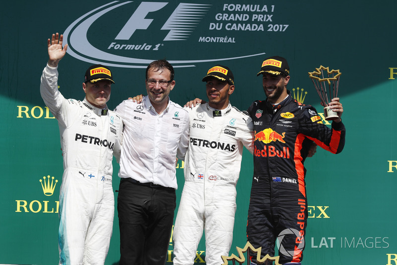 Podium: race winner Lewis Hamilton, Mercedes AMG F1, second place Valtteri Bottas, Mercedes AMG F1, third place Daniel Ricciardo, Red Bull Racing