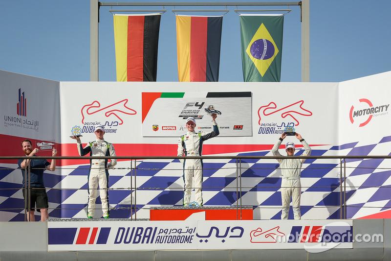 F4 UAE: Duabi