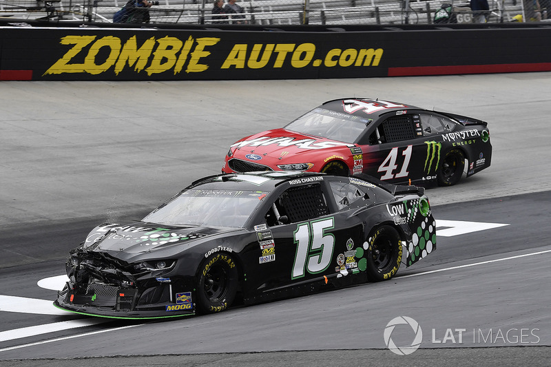 Ross Chastain, Premium Motorsports, Chevrolet Camaro Low T Centers and Kurt Busch, Stewart-Haas Racing, Ford Fusion Haas Automation/Monster Energy
